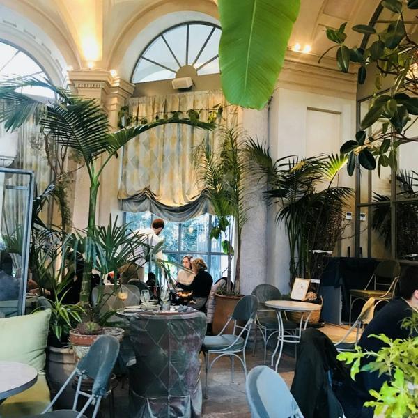LùBar 隱藏在美術館的世外桃源餐廳雖然短時間不太可能去歐洲旅遊,但是還是想跟大家分享米蘭的餐廳,