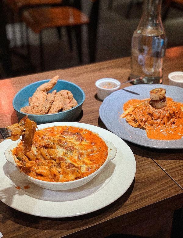 [台北|國父紀念館]小圈子義大利麵🍝📍 Circle pasta 🥄招牌肉醬焗烤筆管麵$240