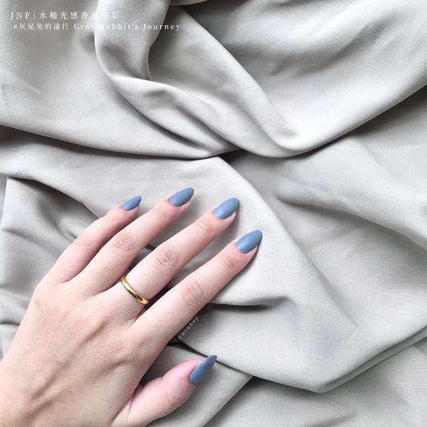 霧霾藍🗻JNF 水釉光感香水指彩JNF|水釉光感香水指彩#灰尾兔的遠行⠀⠀🎁抽獎進行