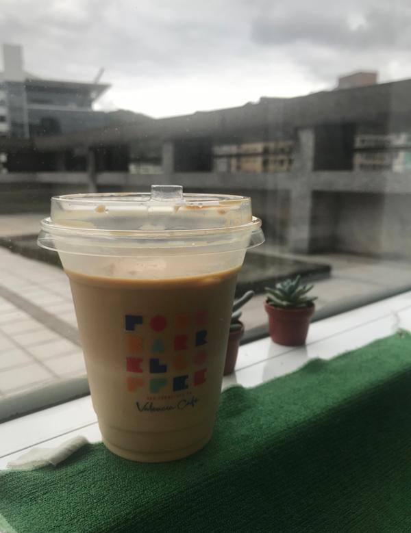 咖啡開箱文-Four Barrel Coffee四桶咖啡快閃店身為自稱的咖啡愛好者,看到有號稱藍瓶咖