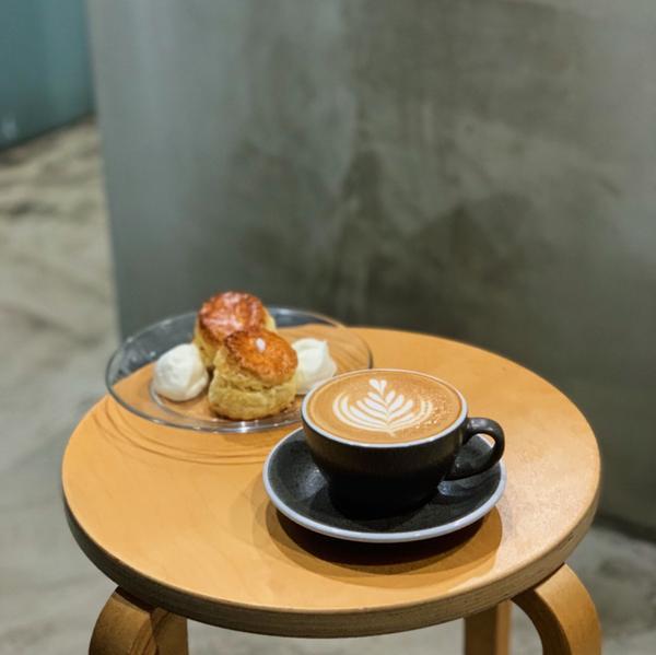 FOX.CONE coffee & bakes 🔍新竹美食/東區/咖啡廳/司康大家熱愛的司康來啦!