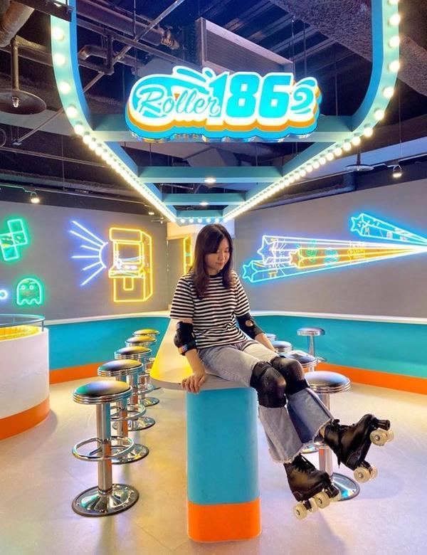 ☛【台中】Roller186 滑輪場 │ 快來拍出時尚大片 超好玩復古滑輪場!!!全新台中必玩景點-
