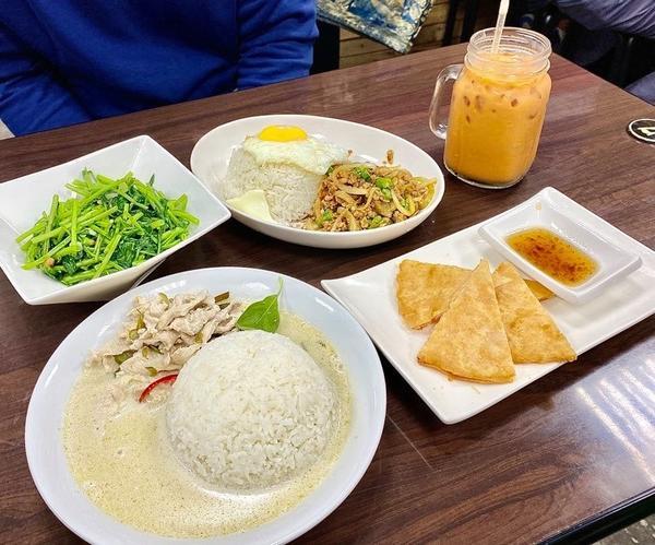 ☛【新北板橋】泰樂 泰國料理 │ 一秒到泰國 便宜美味的排隊美食放入口袋名單超~級久第一次來訪的時候