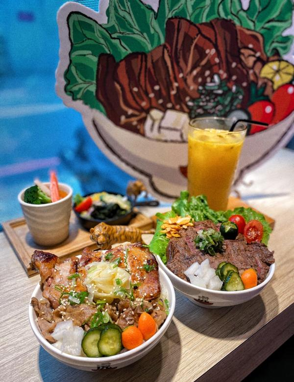[台中|南屯]大份量の平價丼飯🥩🍚📍虎丼厚切牛排丼 🥄厚切牛排丼$280 🥄豚雞雙拼丼$1