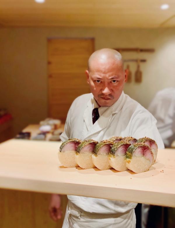 📍台北,日料壽司界名店「鮨二七」降臨台北每一道料理都很到位, 當然食材好、新鮮不在話下, 但每道壽