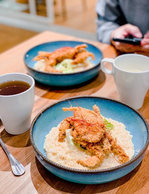 台北No.1超浮誇海鮮義式料理!青沐初食 原本以為青沐是一間蔬食料理,結果不是~是海鮮義式料理! 為