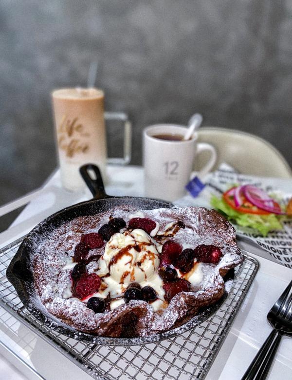 [台中|北區]北歐簡約風✨早午餐🍳+荷蘭鬆餅🥞📍一起找晨-山西店 🥄荷蘭寶貝德式鬆餅(藍莓)