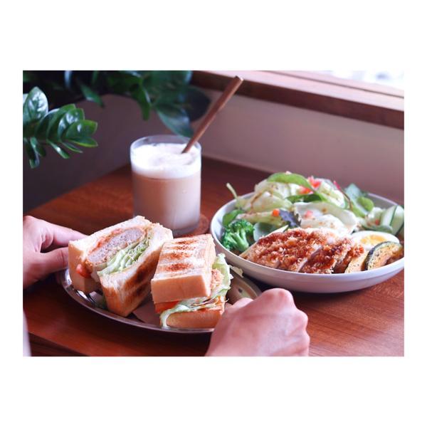 台南中西區 :: gui gui foodie 貴貴腹地|魂牽夢縈的豬排三明治,咖啡廳的鹹食原來可以
