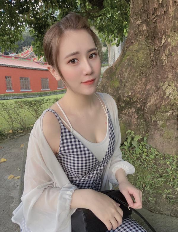 日常穿搭-闆娘實穿- 不管再怎麼忙還是要保持美麗的✨✨ - 🔍正韓雪紡薄襯衫 🔍正韓短版小可愛