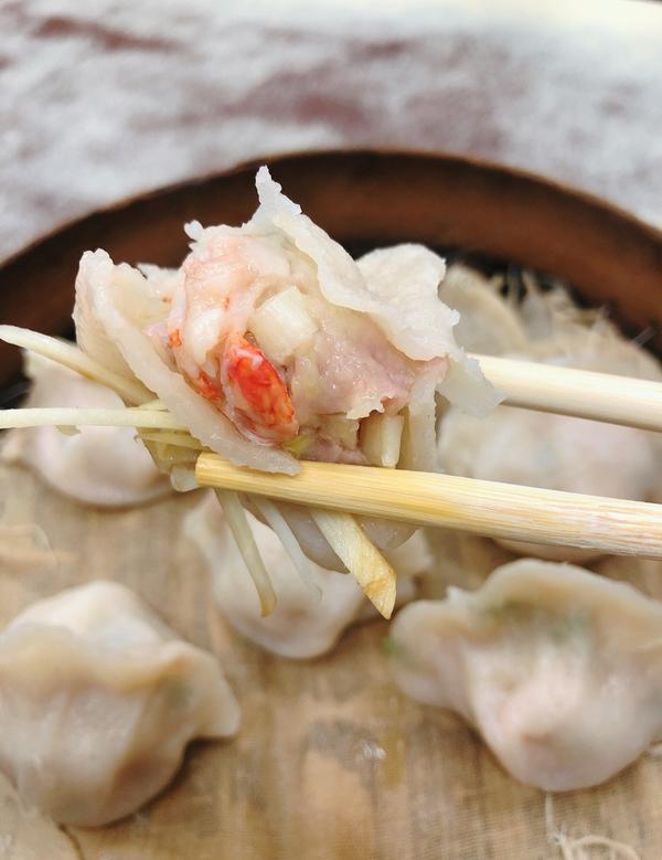 【台南東區美食】東區美味蒸餃就在二五巴 水餃蒸餃|吃得到整隻蝦仁的蝦仁蒸餃,一口大小皮Q蔥香味豬肉水