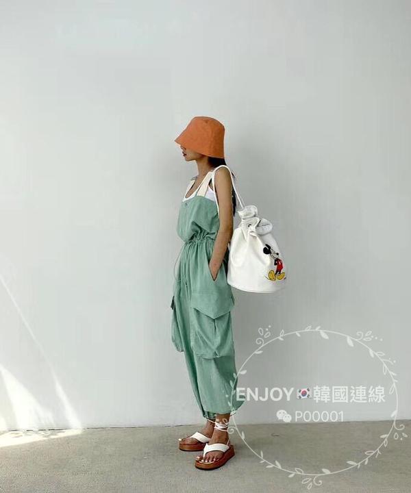 ENJOYin東大門🇰🇷근포켓나시점포수트這款是使用帶點垂感的布料 輕薄又舒適👏🏻👏🏻�