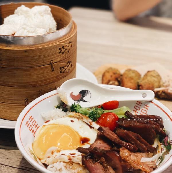 翠王香港茶餐廳🇭🇰平價港式料理高雄左營區【翠王香港茶餐廳🇭🇰】---------