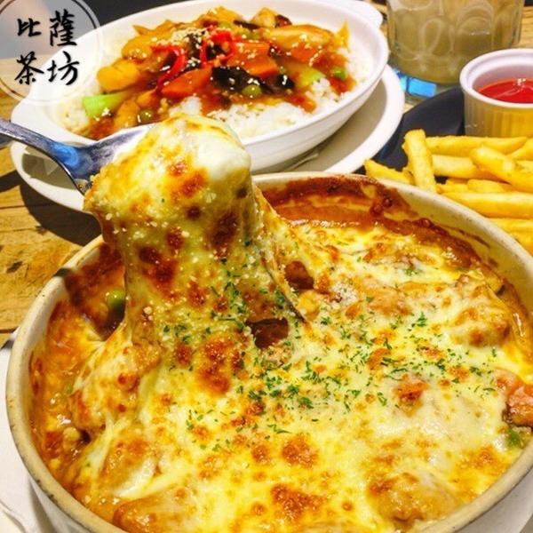 【台南】🎈比薩茶坊🎈熱賣超過30年的美味👉🏻比薩完全就是6-7年級生的回憶啊😂想當初每次聚