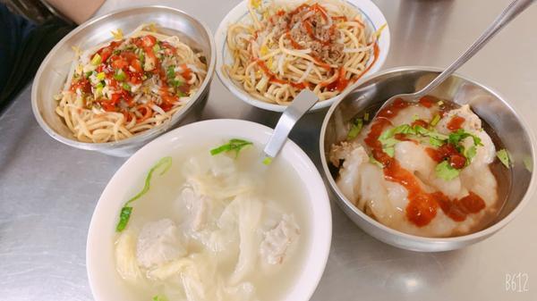 台中吃什麼||北區👉🏻永興街吃不膩小吃店 一中肉圓❤️在永興街住一年,吃過很多家,很少有讓我重複