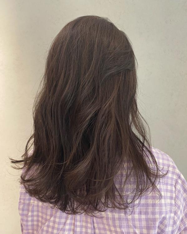 Kate特調 灰棕色~~ 顯白髮色😍😍 - 歡迎私訊諮詢或預約❤️ 設計師:Kate凱特 凱特線