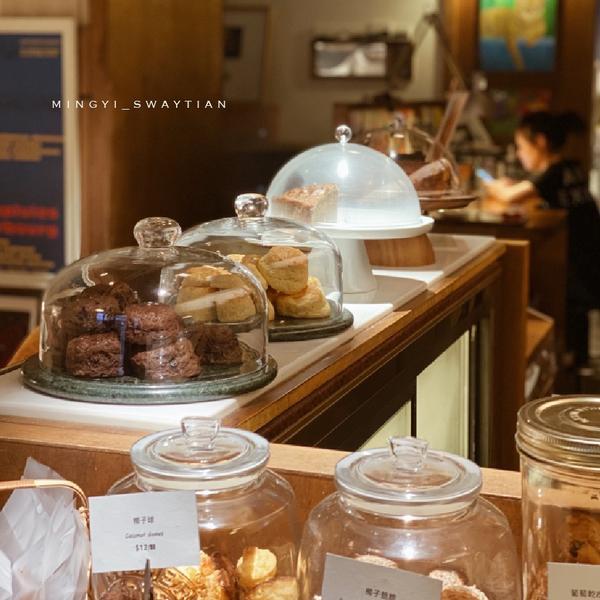 貝荷尼絲手工甜點 高雄前鎮區 【貝荷尼絲手工甜點🍰】 - - - - - - - - - - -