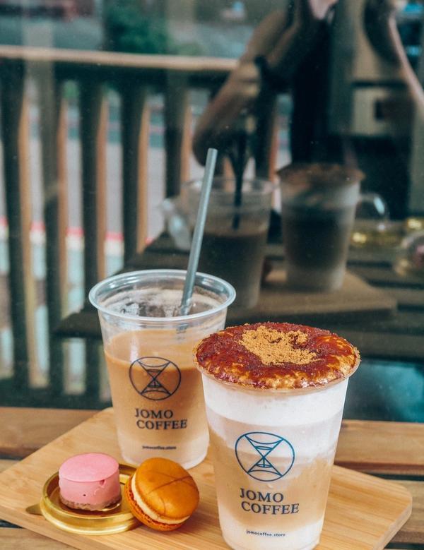 [去哪家咖啡07]JOMO Coffee 內湖葫洲櫥窗咖啡-內用外帶都可以喔#coffee #07