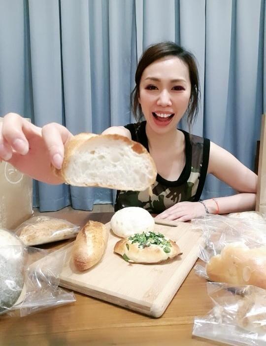 說美食|麵包控必看~~貓抓草麵包屋 用料實在的好美味今天要來說說一家我已三訪的麵包店,因為老闆的講究