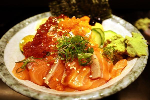 新竹|心丼隱食堂|料這麼多.老闆成本要顧呢【居酒屋】及【日本料理】在我的印象來說不算是平價料理,每一