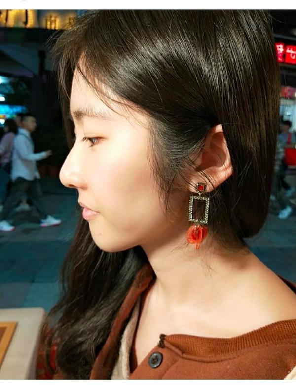🏮燈籠花-耳飾記得第一次發現 @twinkletwinkle_2019 , 是從新竹表演完,帶著樂