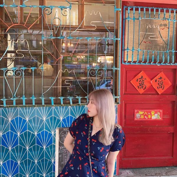 窩窩 台北大稻埕探店很港風的復古店家外觀也是老舊家庭風格很像回到80年代的時光看到傳聞中的戰鬥碗了哈