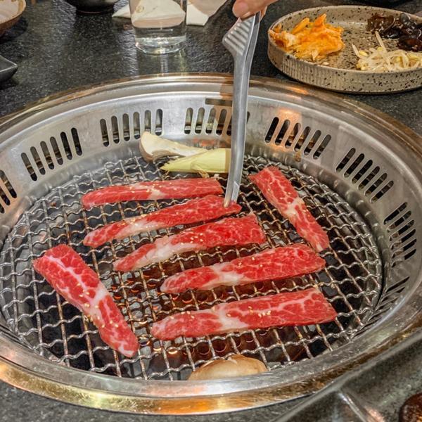 📍台中|瓦庫燒肉 𝐖𝐎𝐖 𝐂𝐎𝐎𝐋端午節來點燒肉不為過的吧!! ⬇️分享前大家記得追