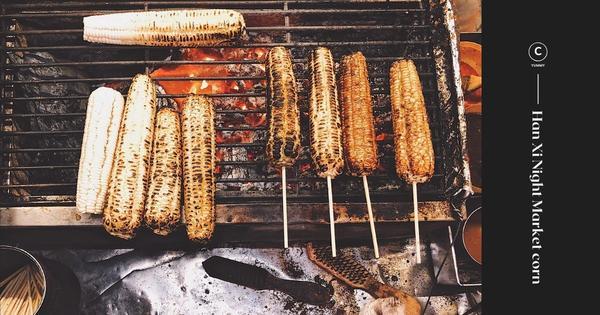 台中太平|小吃|夜市|每次經過都大排長龍的燒番麥🌽【三輪車伯碳烤玉米】同事大力推薦的燒番麥🌽還跟