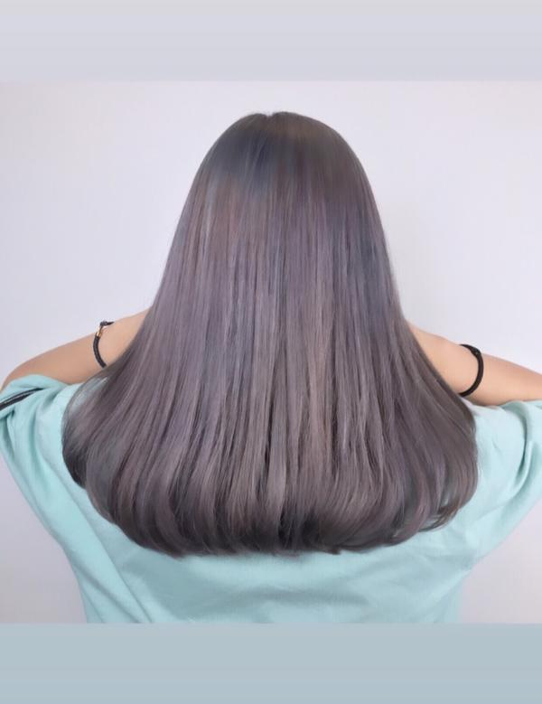 Ig預約活動燙或染只要1500$✅可用振興卷會找零漂亮的#紫灰 😍#灰色  問題髮色處理 頂部用藍