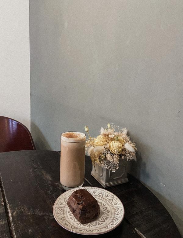 【江子翠|Florish Bakery 花咲】 隱藏在巷弄間の飄香麵包店本來的打算是⋯他一開店就立刻