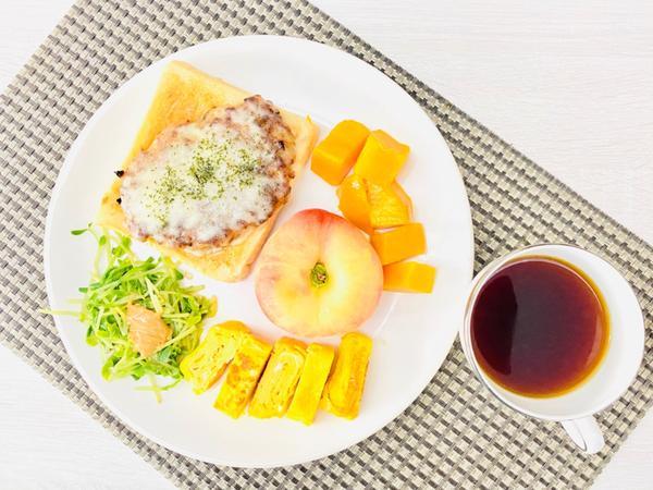 手作早午餐/朝食2020/07/05 起司🧀️豬肉煎餅土司搭玉子燒2020/07/05早午餐/朝食