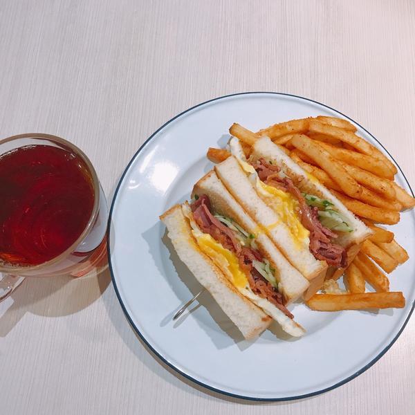 【台北 中正紀念堂】吃出質感的好味道-早澤在中正紀念堂附近的早午餐店,吃一次就想無限回訪,有經過絕對