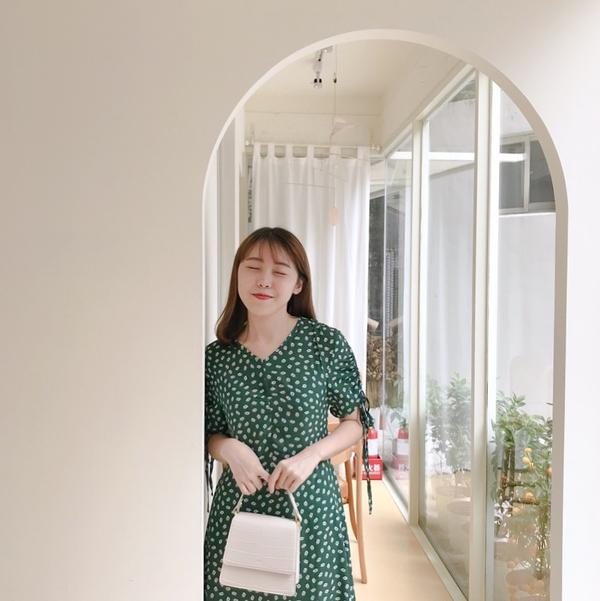 Nu Studio 韓系咖啡廳最近的韓系咖啡廳都好熱門 今天來到大安區的Nu studio! 外觀看