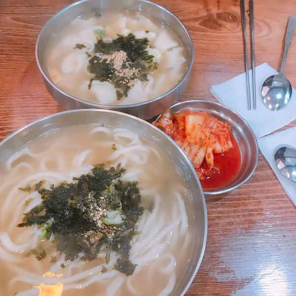 📍首爾|望遠站|望遠市場|人氣刀削麵🍜|韓國美食🇰🇷這家刀削麵聽說是來望遠市場必吃🤤🤤