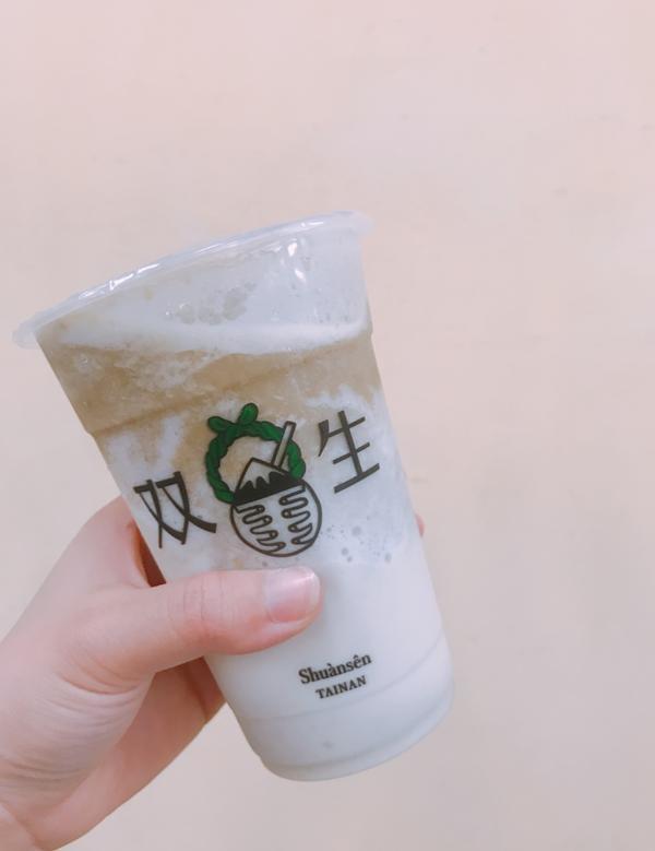 【雨停foodie】双生綠豆沙一到夏天我要去喝飲料🎶🎵來一杯綠豆沙消暑一下吧!--INFO--雙