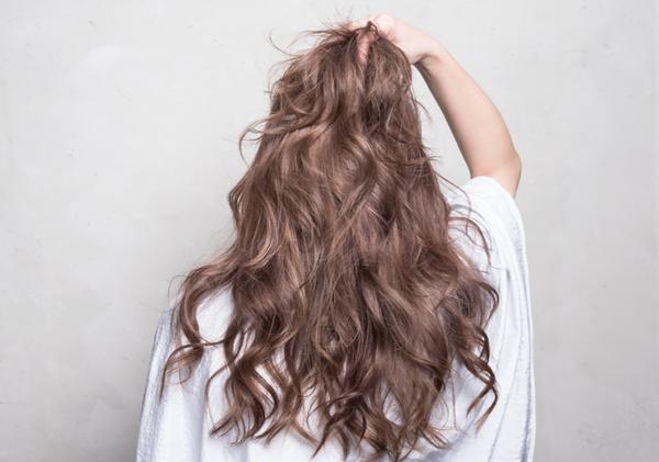 /台中染髮/濃郁奶茶色,越濃越美麗💃🏼漂髮的好選擇之一 剛剛好的冷色調,吸睛程度越驚艷 低調中帶