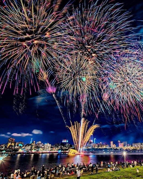 【💕七夕情人節】今年夏天最盛大浪漫的煙火節!✨大稻埕情人節2020 活動全攻略今年的七夕情人節即將