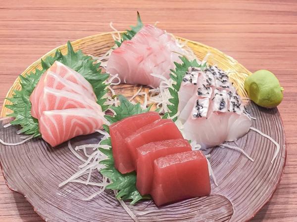 北魂 丼和食處👉🏻 北魂 丼和食處 ➡️一人1000元的日式料理 ✨1000元來說!CP值很高,