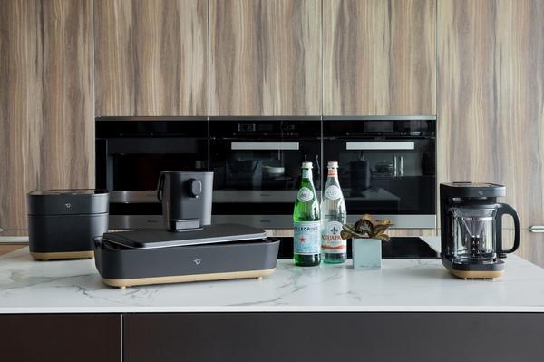 百年象印顏值進化 「STAN.」美型家電奪全球設計大獎 攜手日本設計師打造 烹調器具如居家時尚擺設受