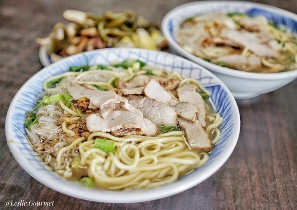 #萊呷好料 澎湖|漁港米粉麵位在漁港附近的傳統店家,其實是在地人的好滋味,不論是早餐或午餐,人潮真的