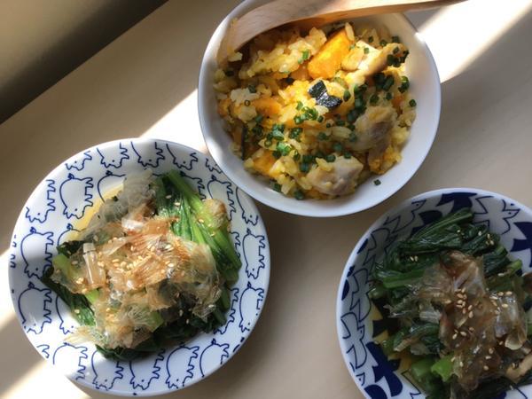秋日料理 ••• 奶油南瓜雞肉燕麥炊飯我的秋日料理—奶油南瓜雞肉燕麥炊飯。閱讀食譜:http://p