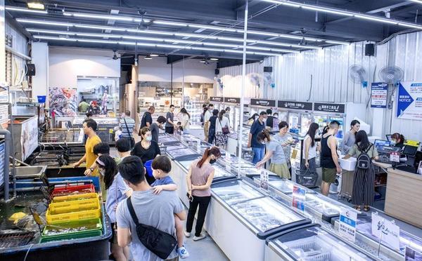 水產界好事多在這裡!台中超便宜的泰國蝦、串燒、生魚片,買到走不出來台中的朋友相信你們都聽過阿布潘水產