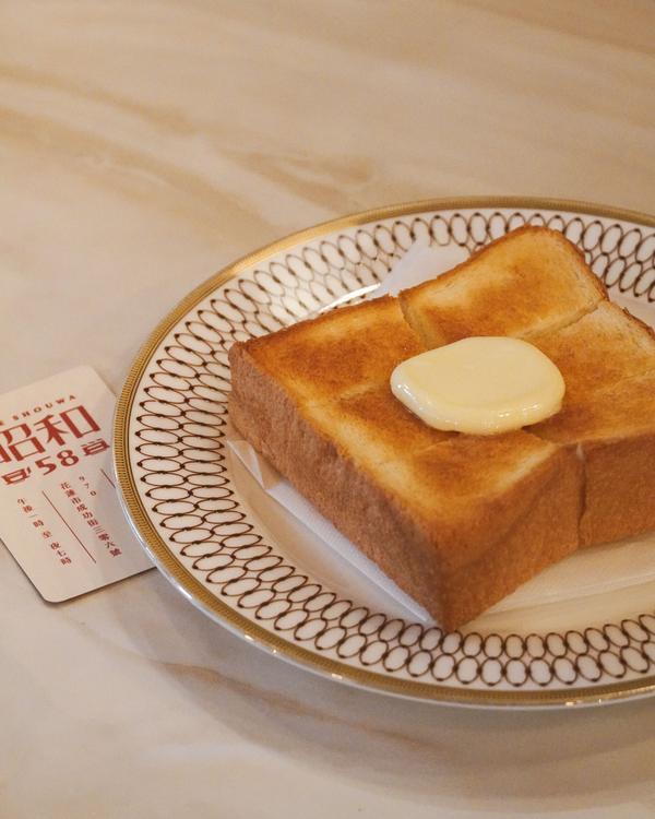 充滿日式懷舊風的洋菓子喫茶店IG : _allenfood0868  【花蓮市區】 📷 - 昭和5