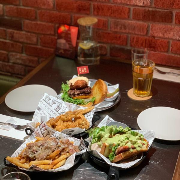 台北美食:東區的最好吃的漢堡在這裡:S.K.B Burger近期吃最好吃的漢堡🍔就在@