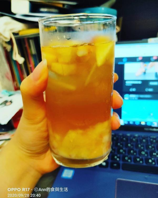 【一起開喝吧!】水蜜桃系列今天又是到了用一些相對容易取得的食材來做飲料囉!但
