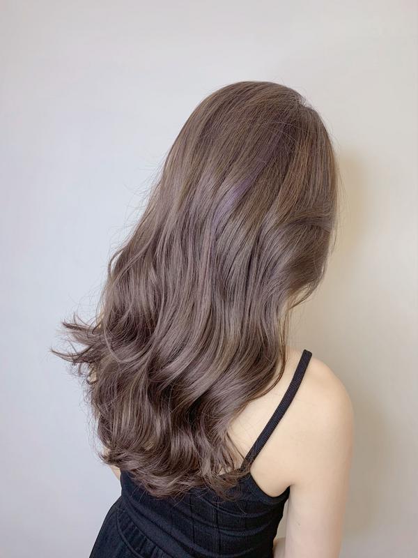 ♡混血兒髮色🥰🥰🥰 . ♡今夏最美的髮色❤️美到睜不開☺️ . ♡歐膩款髮色🔥🔥🔥 .