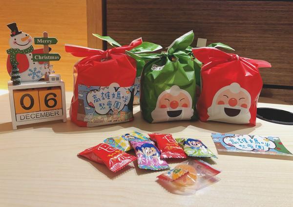 溫暖12月🎅🏼睡前包裝餅乾糖果🍘🍬 獻給明天 #高雄媽咪聚會團 參加繪畫遊戲的小孩們❣️