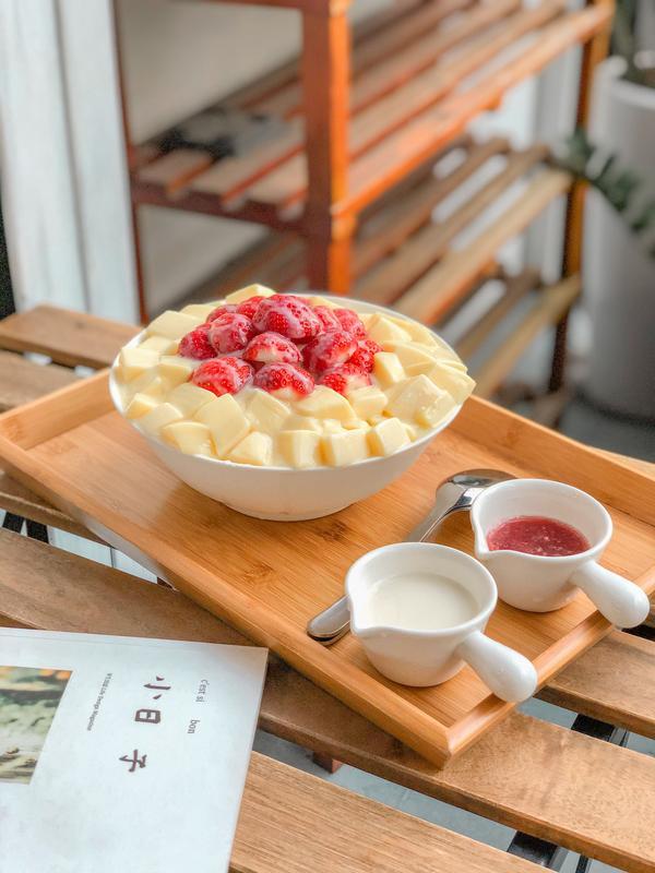 冬季回歸!台中最狂草莓牛奶豆乳冰🍓𝖲𝗐𝖾𝖾𝗍 𝖲𝗍𝗋𝖺𝗐𝖻𝖾𝗋𝗋𝗒