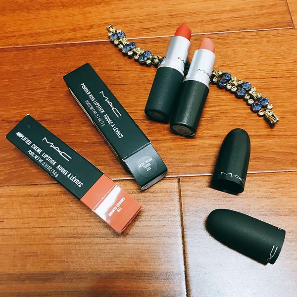 """【雨停美妝】MAC子彈唇膏說到M‧A‧C的經典產品, 一定會想到擁有流線子彈頭外型的""""經典時尚專業唇"""