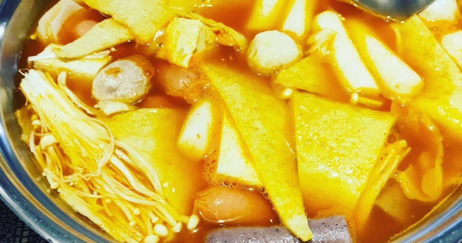 『 兩餐 』 두끼 韓國年糕火鍋吃到飽話說今天分享這家餐廳開了很久,之前也吃