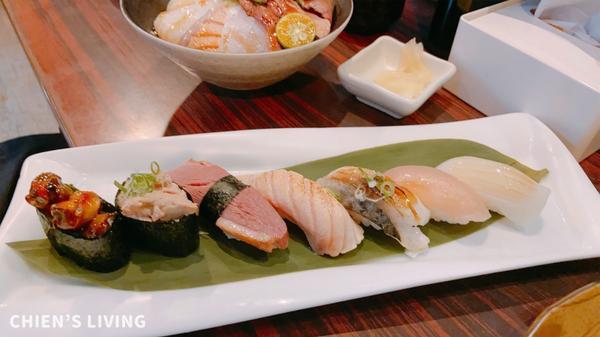 異國美食|平價日式料理生魚片 鮭鮮人壽司屋雖然是個吃貨但沒有特別愛生魚片偶爾吃一兩次感覺還不錯的程度